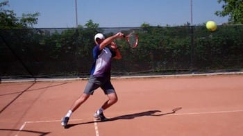 tennis lessons and tips for better serve return